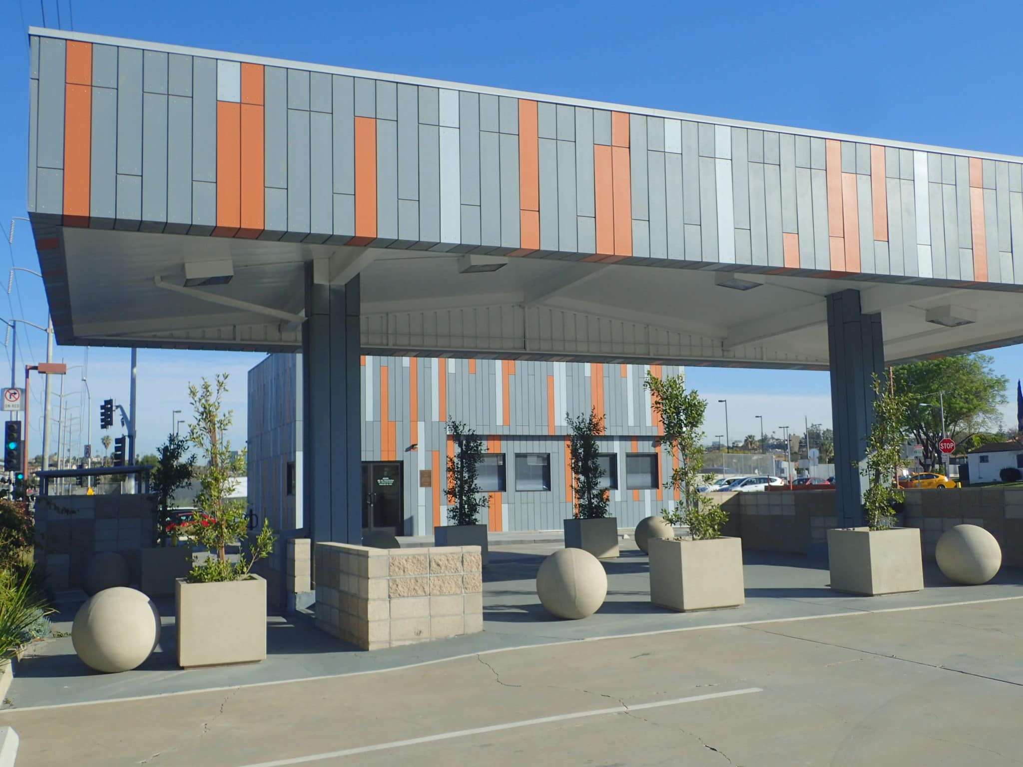 Effective Solution - Inglewood Community Center - Ultra-Unit Architectural Studio